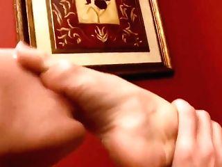 Love Them Crimson Toes