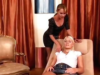 All Girl Bang-out Vid Featuring Sweet Cat And Zuzana Z