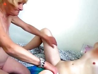 Horny Granny Just Ate Her Damsel's Cunt