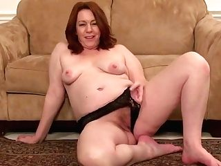 Shameless Matures Female Fucks Her Starving Cooch Lezzy Point Of View