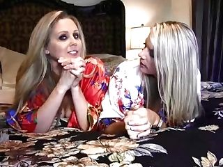 'finest Mummies Smooching Everywhere! Huge-titted Vicky Vette And Julia Ann Eat Cunt!'
