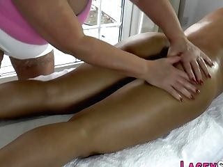 Gran Massages And Oils Obese Asian Sapphic